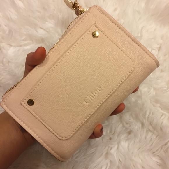 Chloe perfume. Pouch  coin purse  beauty bag NWT bd2b04e6925b5